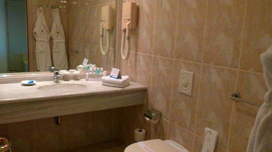 Rodos Palladium : ванная