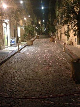 "La Fontanella : internal street of ""infiorata"""