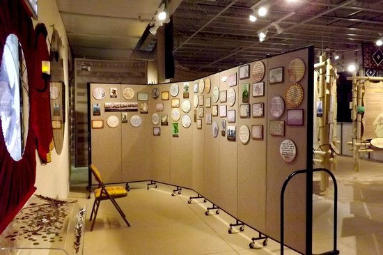 Wounded Knee: The Museum: Memory wall contains quotes from survivors.