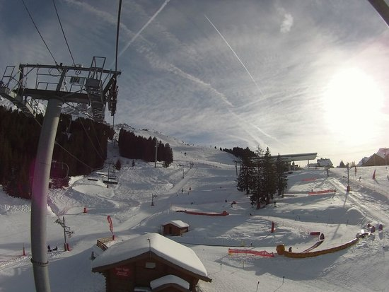 Le Grand Chalet Des Pistes: 10 minutes from hotel