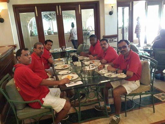 Taj Exotica Resort & Spa Goa : Dining