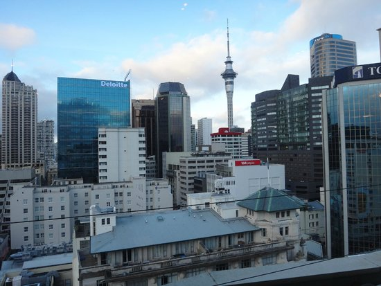 Mercure Auckland: The Sky Tower