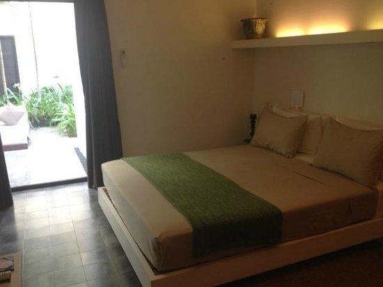 Viroth's Villa : First floor hotel room