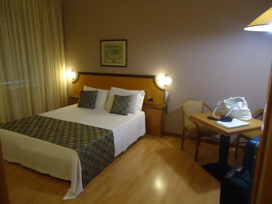 Hotel Tevere: camera da letto, il letto
