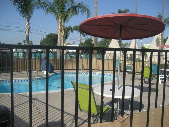 Wigwam Motel: Pool