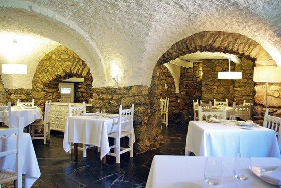 Els Caçadors de Maçanet: restaurante hotel