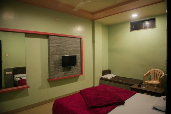 Hotel Sweet Avenue. Hotel Sweet Avenue  Ratlam  Madhya Pradesh    Hotel Reviews