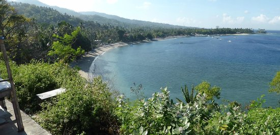 Sheraton Senggigi Beach Resort : The hotel area from the headland