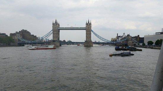 Premier Inn London Hanger Lane Hotel : Tower  bridge. ..