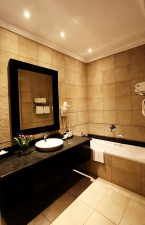 Sunnyside Park Hotel: Monument Bathroom