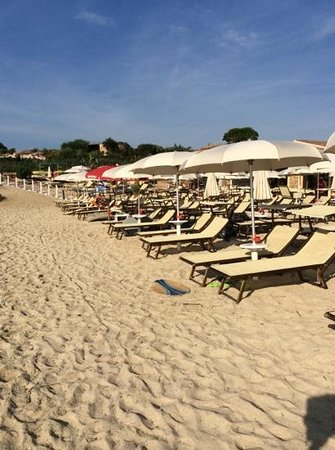 Hotel Resort & SPA Baia Caddinas: La spiaggia