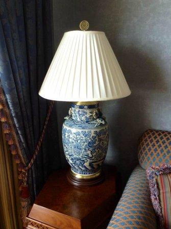 Boston Harbor Hotel: Beautiful lamp