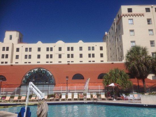 Hollywood Beach Resort Cruise Port Hotel: Blick vom Pool