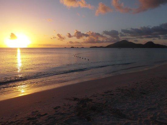 Jolly Beach Resort & Spa: il tramonto sulla baia del Jolly Beach