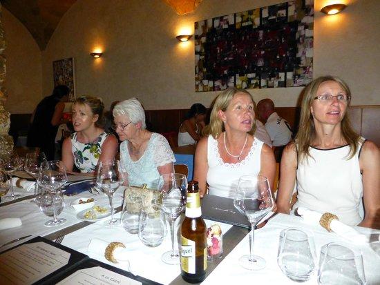La Gruta: The ladies enjoying pre-dinner drinks