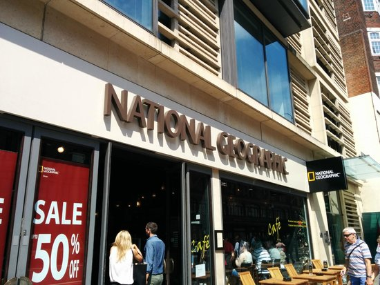 National Geographic Cafe: Front