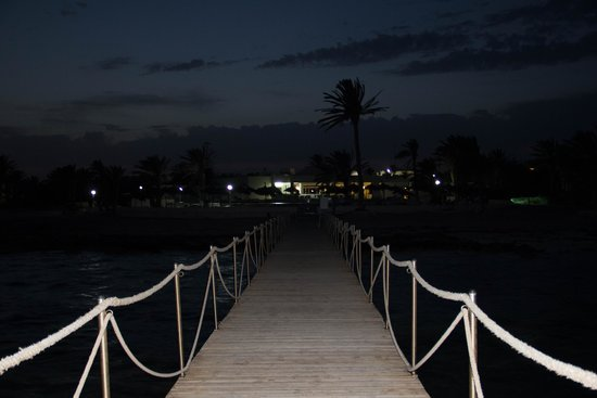 El Mouradi Djerba Menzel: the little pier at night