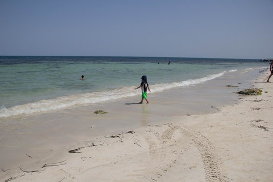 El Mouradi Djerba Menzel: How can people moan about the beach?