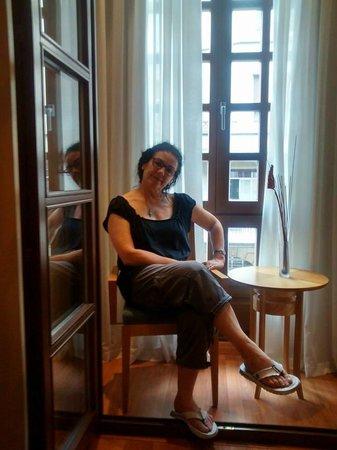 Hotel Blue Marques de San Esteban: Como una reina, en el balcón que da a la calle principal
