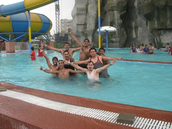 Sonipat, India: Fun in  the pool