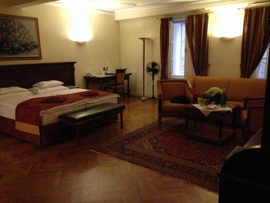 Radisson Blu Hotel Altstadt, Salzburg: Hotel suite