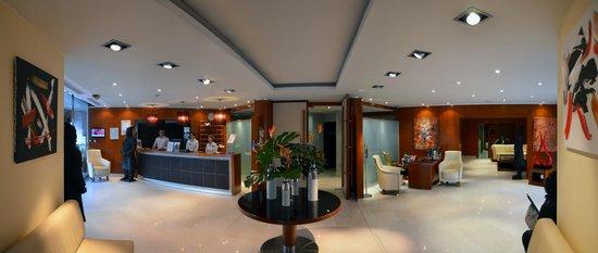 Goldstar Resort & Suites : Réception