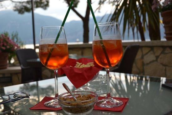 Hotel Du Lac : aperitivo al bar dell'hotel