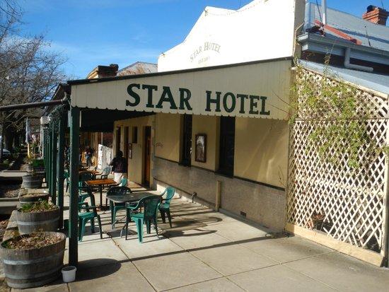 Yackandandah, Australia: Star Hotel