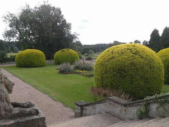 Warner Leisure Hotels Thoresby Hall Hotel: the garden