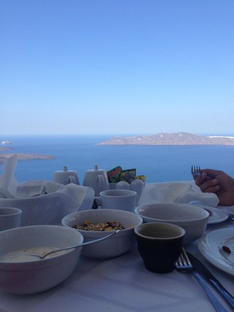 Angels & Stars Suites and SPA: breakfast served on our balcony