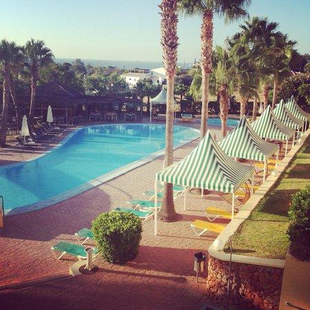 Baia Grande: Pool (other side)