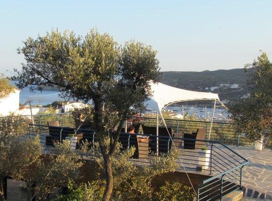 Carpe Diem Cadaqués: Terraza chill-out con vistas al mar