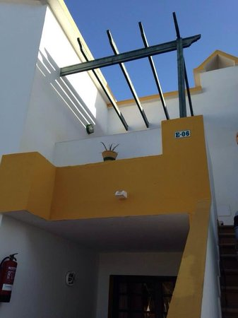 Labranda Corralejo Village: Our apartment - top floor, would recommend top floor apartment with pool views
