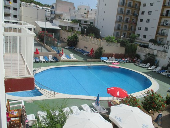 Marian Apartments : piscina
