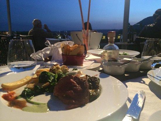 Bella Riva Hotel : Chateaubriand by the lake at Hotel Bella Riva