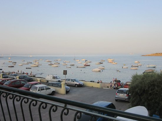 Qawra Palace Hotel : hotel view
