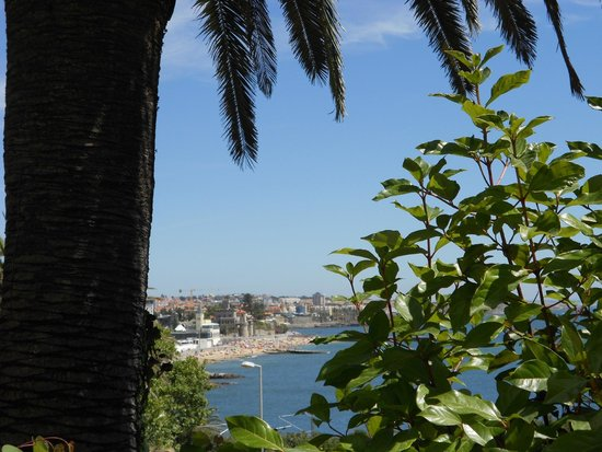 Estoril Eden Hotel: View from the swimming pool