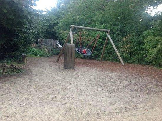 Diana Princess of Wales Memorial Playground: Giochi nella natura