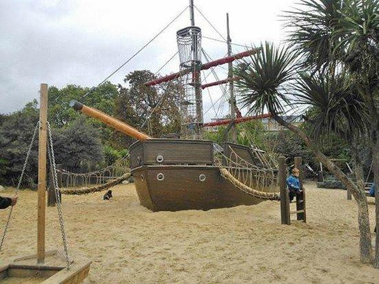 Diana Princess of Wales Memorial Playground: Galeone dei pirati