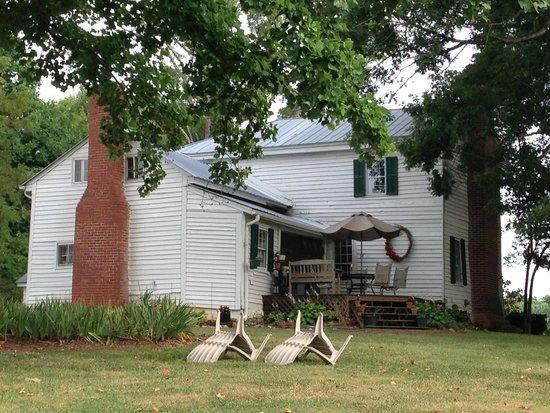 The Rockford Inn Bed and Breakfast: ROCKFORD INN BED & BREAKFAST