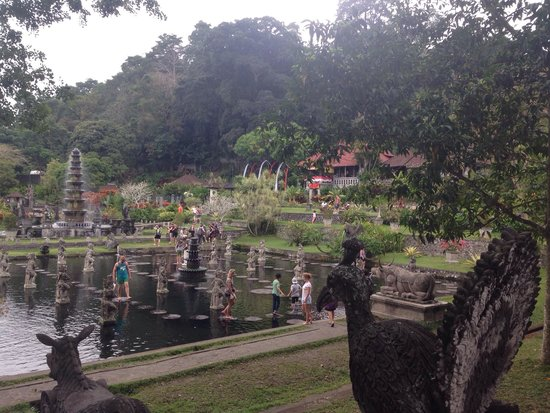 Tirta Ayu Hotel & Restaurant: The beautiful water palace (Tirta Ayu in the background)