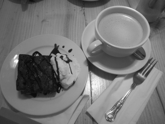 Organico Cafe : Chocolate and nut Brownie and Butter Coffee