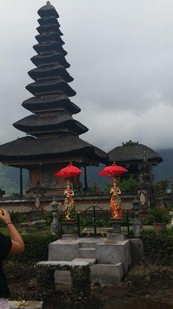 Bali Horizon Tours : Something cultural after Tree Climbing