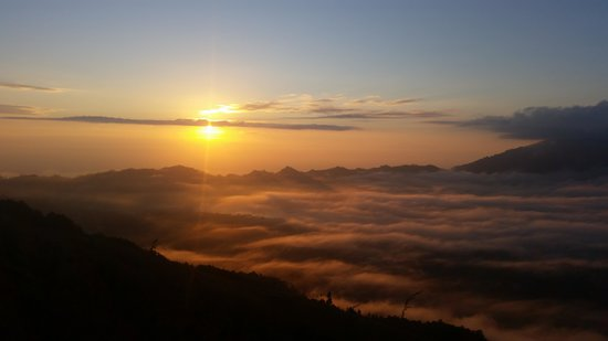 Bali Horizon Tours : On top of the world an early start but SO worth it.