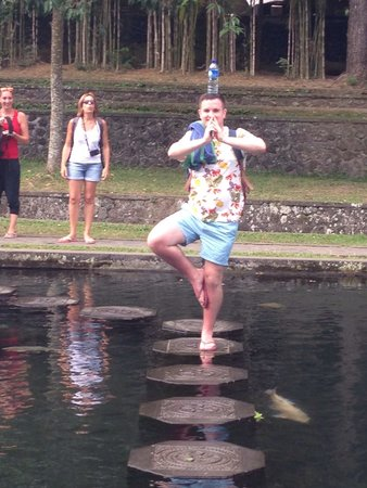 Tirta Ayu Hotel & Restaurant: Balancing on the stepping stones at the water palace!