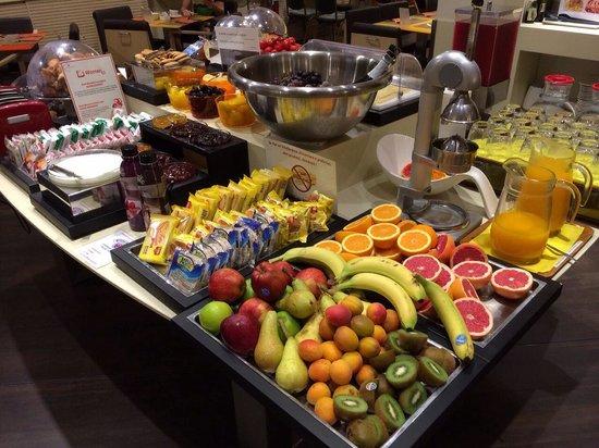 Best Western Plus City Hotel: Una visuale della colazione (con prodotti anche per celiaci ed intolleranti al lattosio)