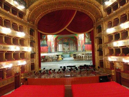 Teatro Massimo: Il palcoscenico