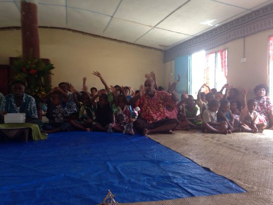 Sigatoka River Safari: Singing songs