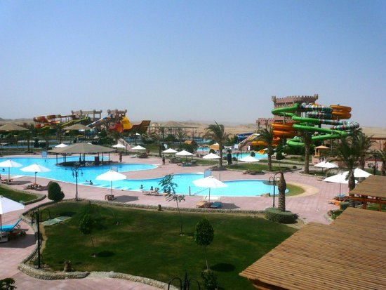 Akassia Swiss Resort El Quseir: горки для взрослых