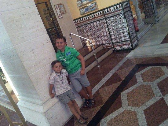 Playalinda Hotel: En el hall